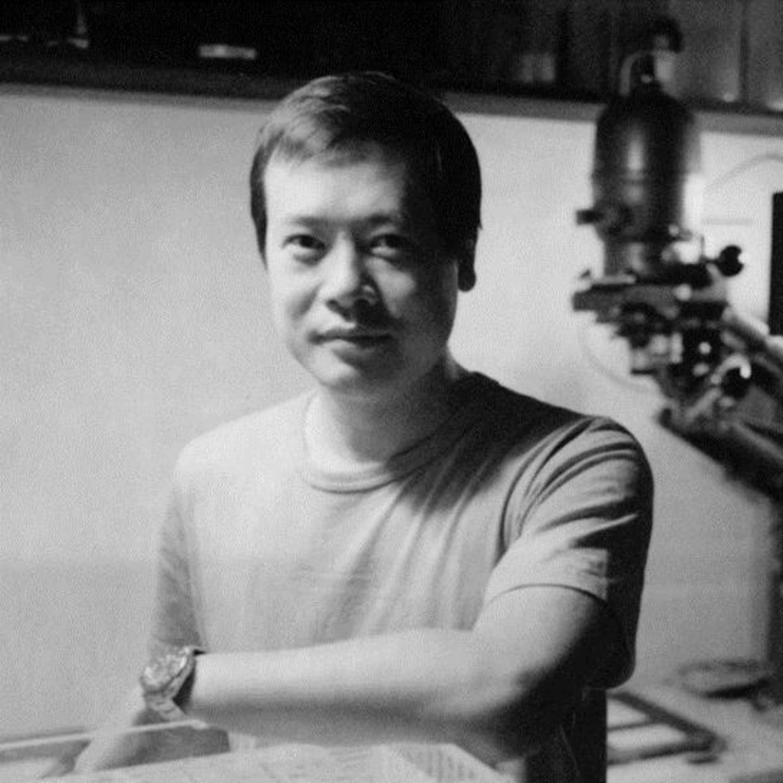 Artist Lu Heng Born in Guilin, Guangxi in 1978, Lu Heng graduated from Xi'an Jiaotong University, in Information and Communication...