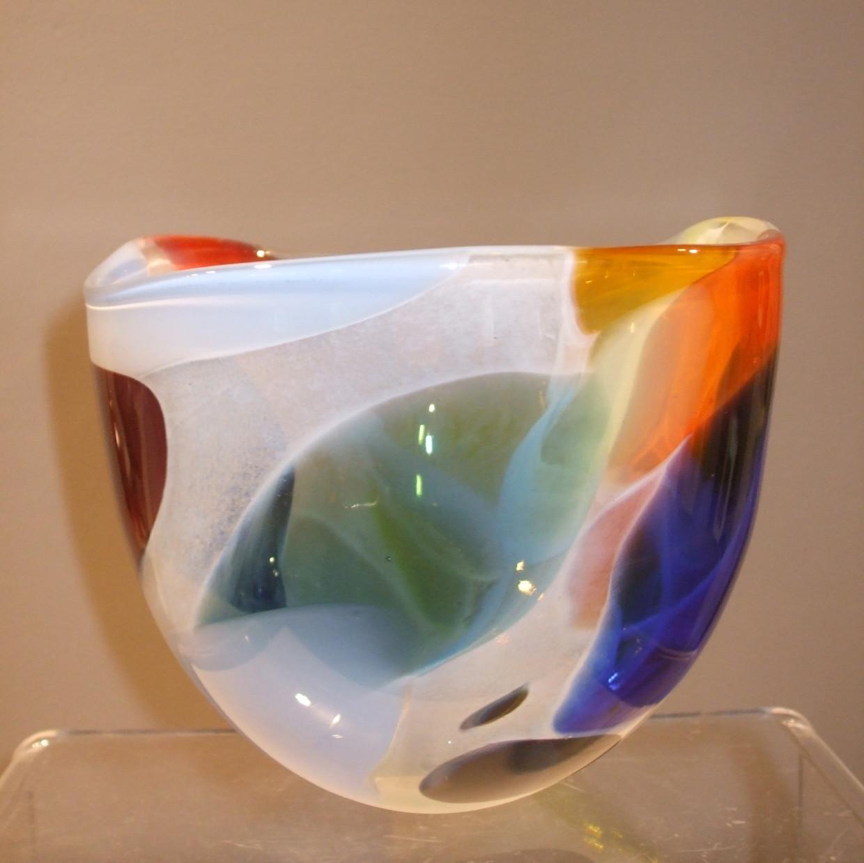 266 Nougat medium bowl