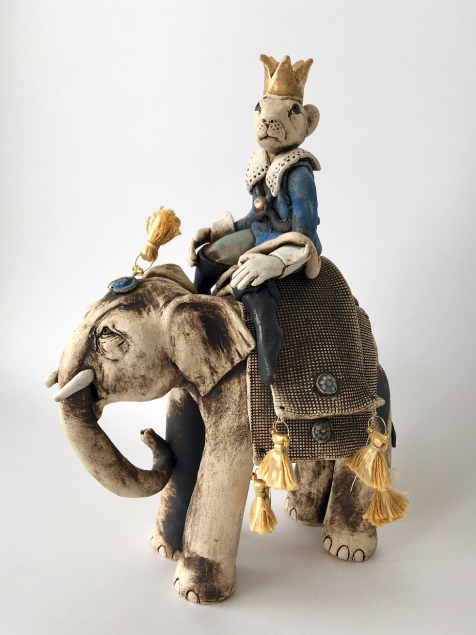 Mouse King riding an elephant