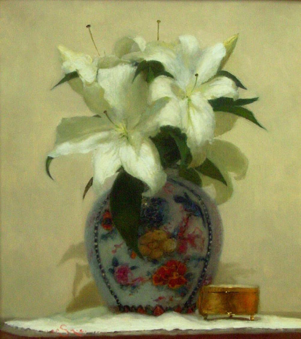 Vase of white lilies