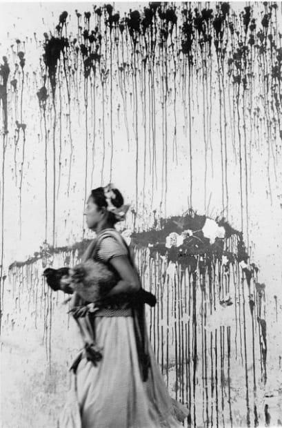 Graciela ITURBIDE, Los Pollos, Juchitan, México , 1972