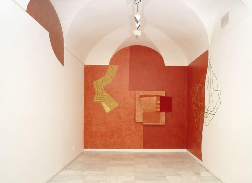 Installation shot of solo exhibition 'La Tarea del Paisaje' en el Reina Sofía, Madrid, 2002