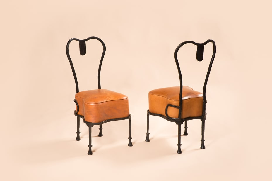"Chaises ""Osselet"" / ""Osselet"" chairs"