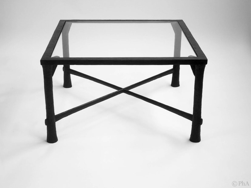 T014 Table Basse / Coffee Table, XXIe