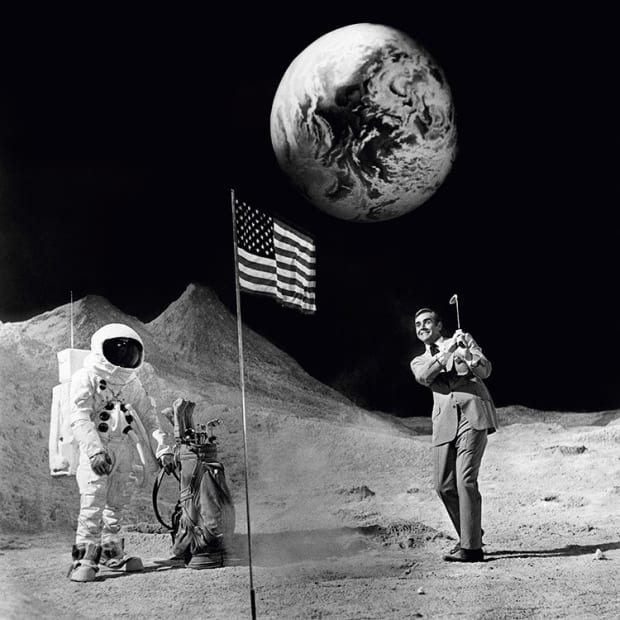 Terry O'Neill, Sean Connery on the Moon, 1971
