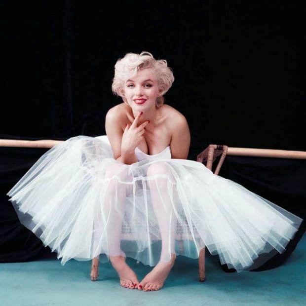 "Milton H. Greene, Marilyn Monroe ""Ballerina Sitting"", New York, 1954"