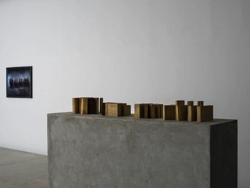 """Exposition """"Lueurs noires"""" à la Galerie Cécile Fakhoury à Abidjan 2016 © François-Xavier Gbré © Yo-Yo Gonthier"""