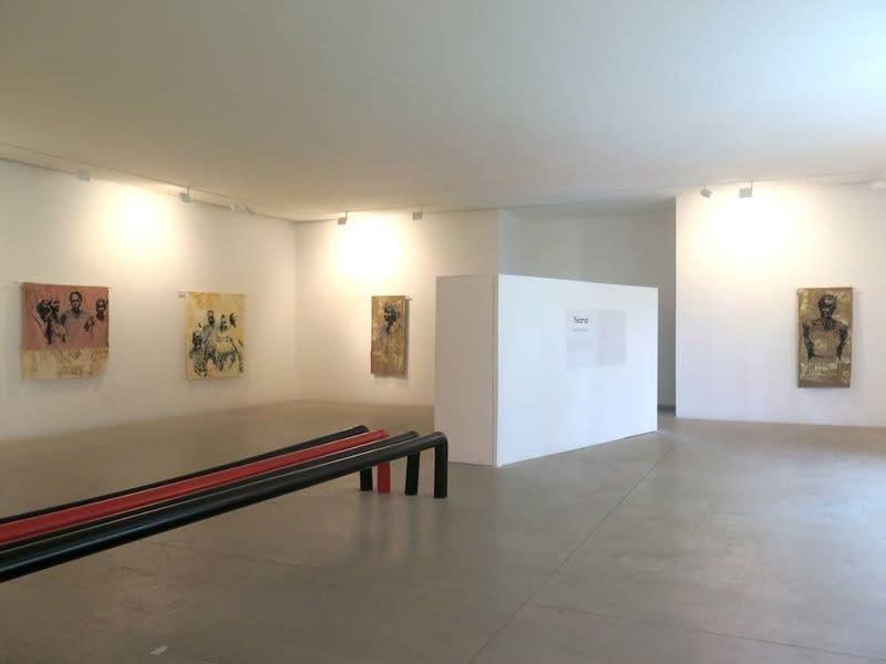 """Exposition """"projections"""" à la Galerie Cécile Fakhoury à Abidjan 2017 © Yéanzi"""