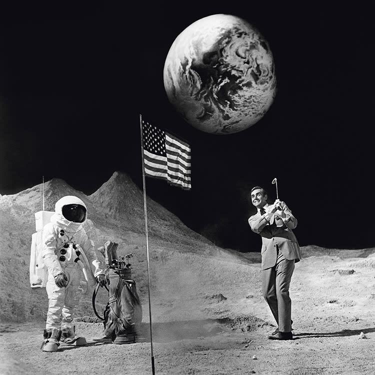 Terry O'Neill, Bond on the Moon, 1971