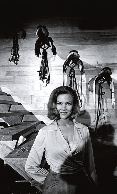 Terry O'Neill, Honor Blackman, 1964