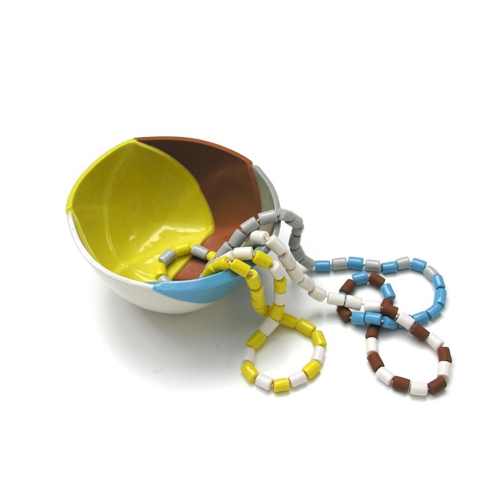 Manon van Kouswijk, Beads & Pieces II, 2012