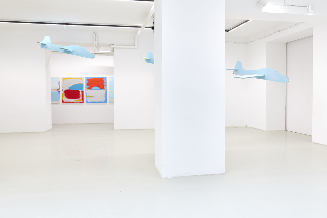 Grear Patterson, Installation View VIII, Planes & Mountains, 2019