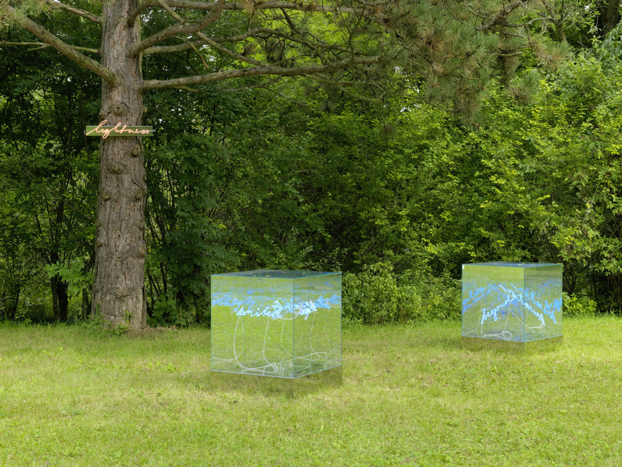 Sculpture Garden, Installation view: Brigitte Kowanz, 2019 Photo: © FARBPRAXIS