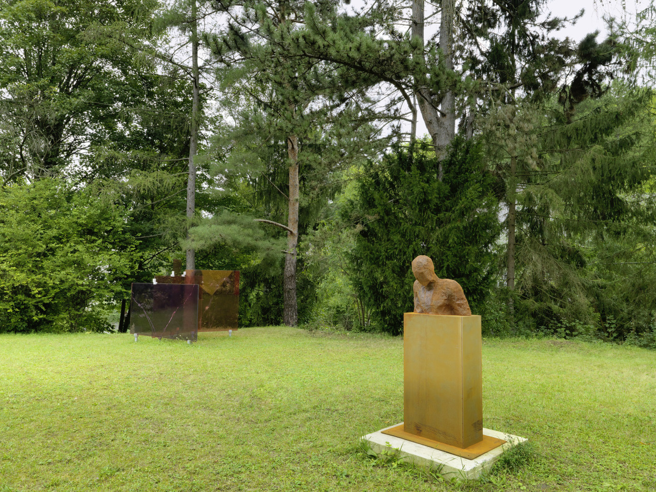 Sculpture Garden, Installation view: Thomas Baumann & Rory Menage, 2019