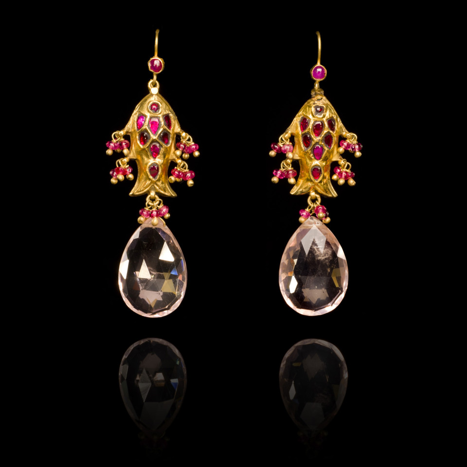 Pink and red Spinel Gold Earrings