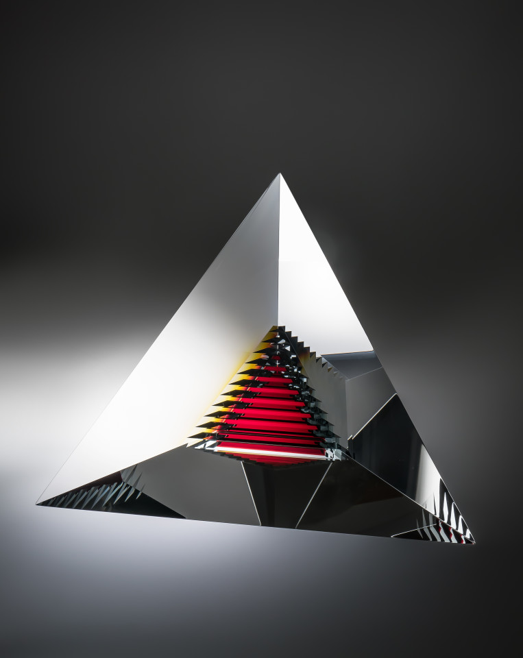 Oliver Lesso, Red Echo Pyramid