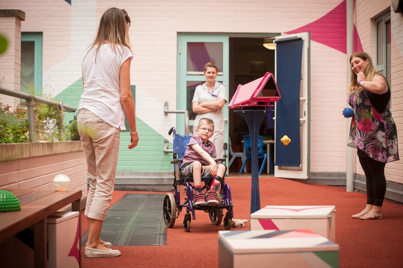 Sinta Tantra, Bristol Children's Hospital, Bristol , 2015