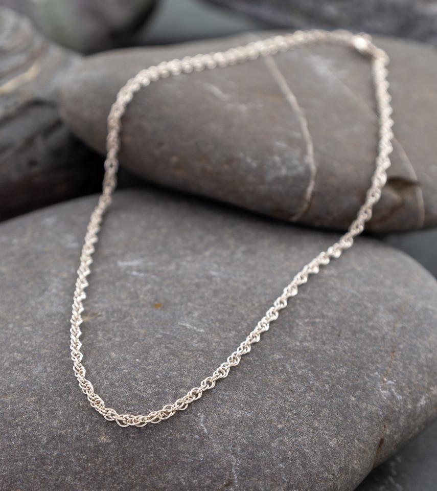 Marsha Drew, Thin Double Link Chain 16