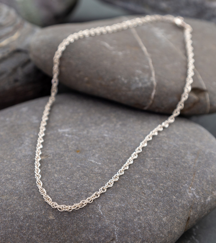 Marsha Drew, Thin Double Link Chain 20