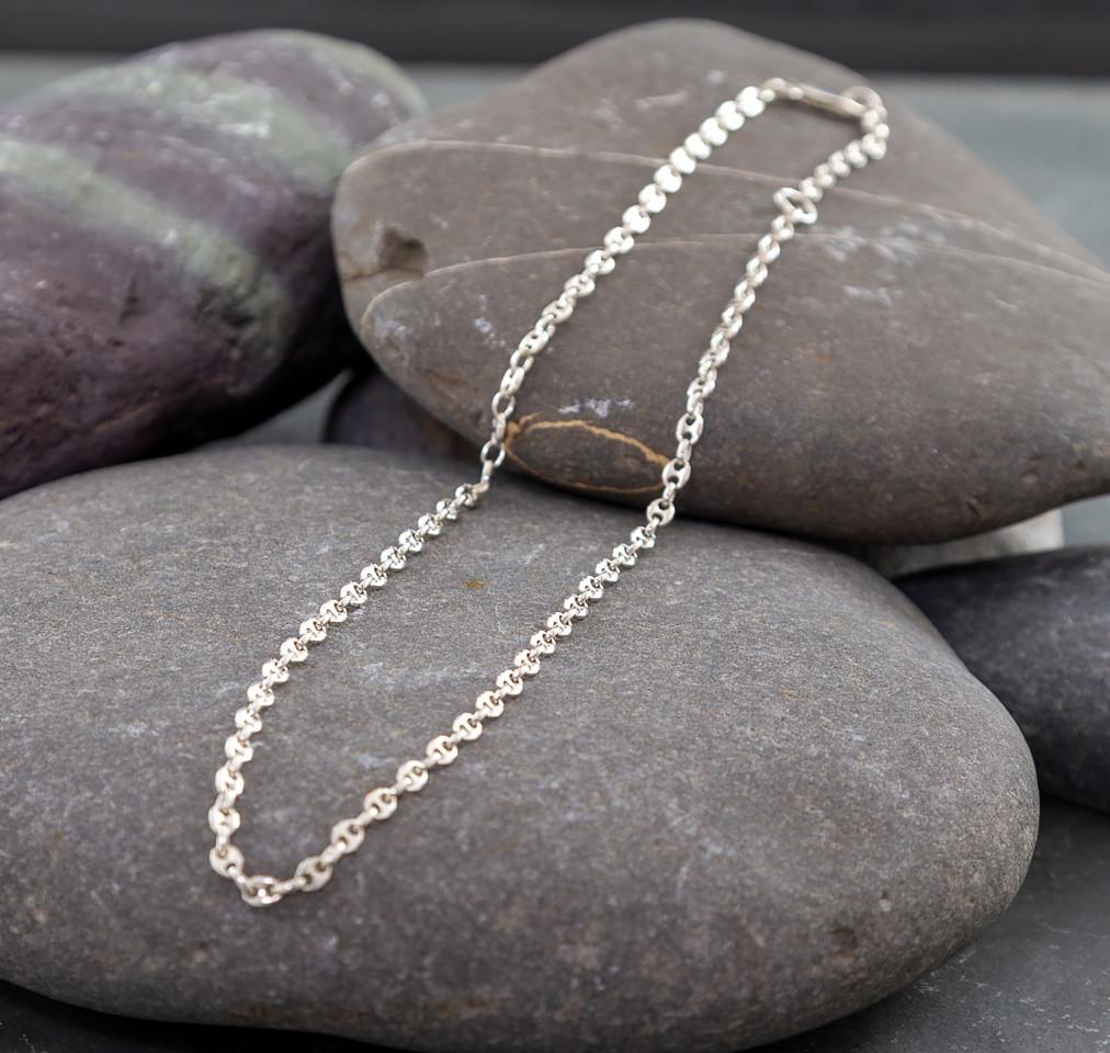 Marsha Drew, Anchor Link Chain 18
