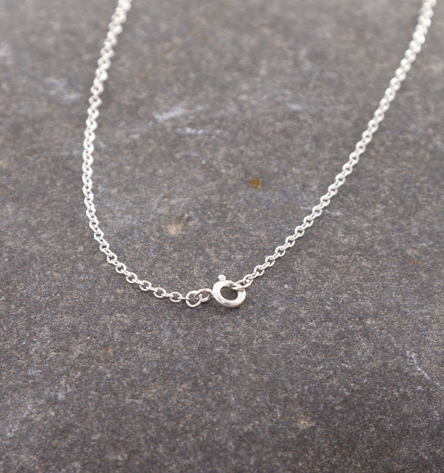 Marsha Drew, Thin Single Link Fine Chain