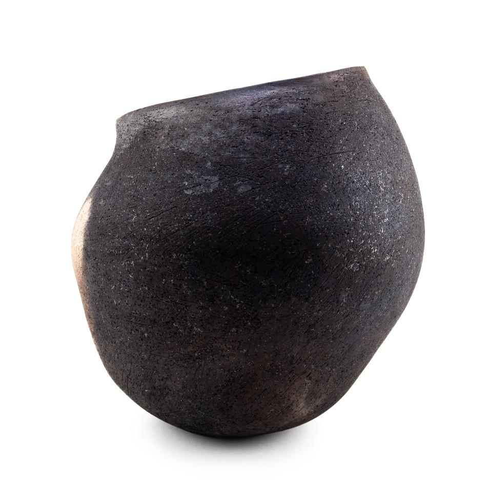 Rachael Osborne, Raku Large Black Vessel