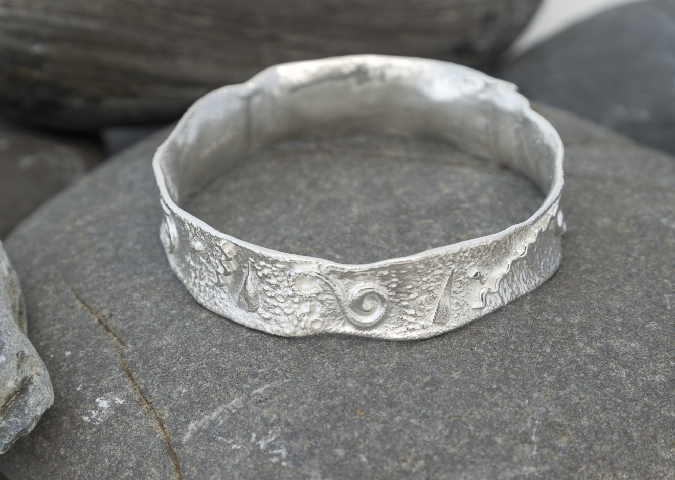 Marsha Drew, Textured Silver Bangle