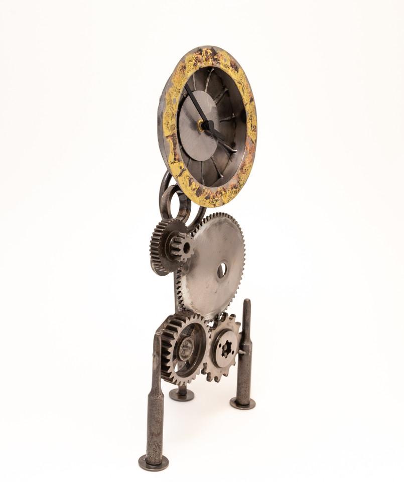 Kerry Whittle, Three Legged Clock
