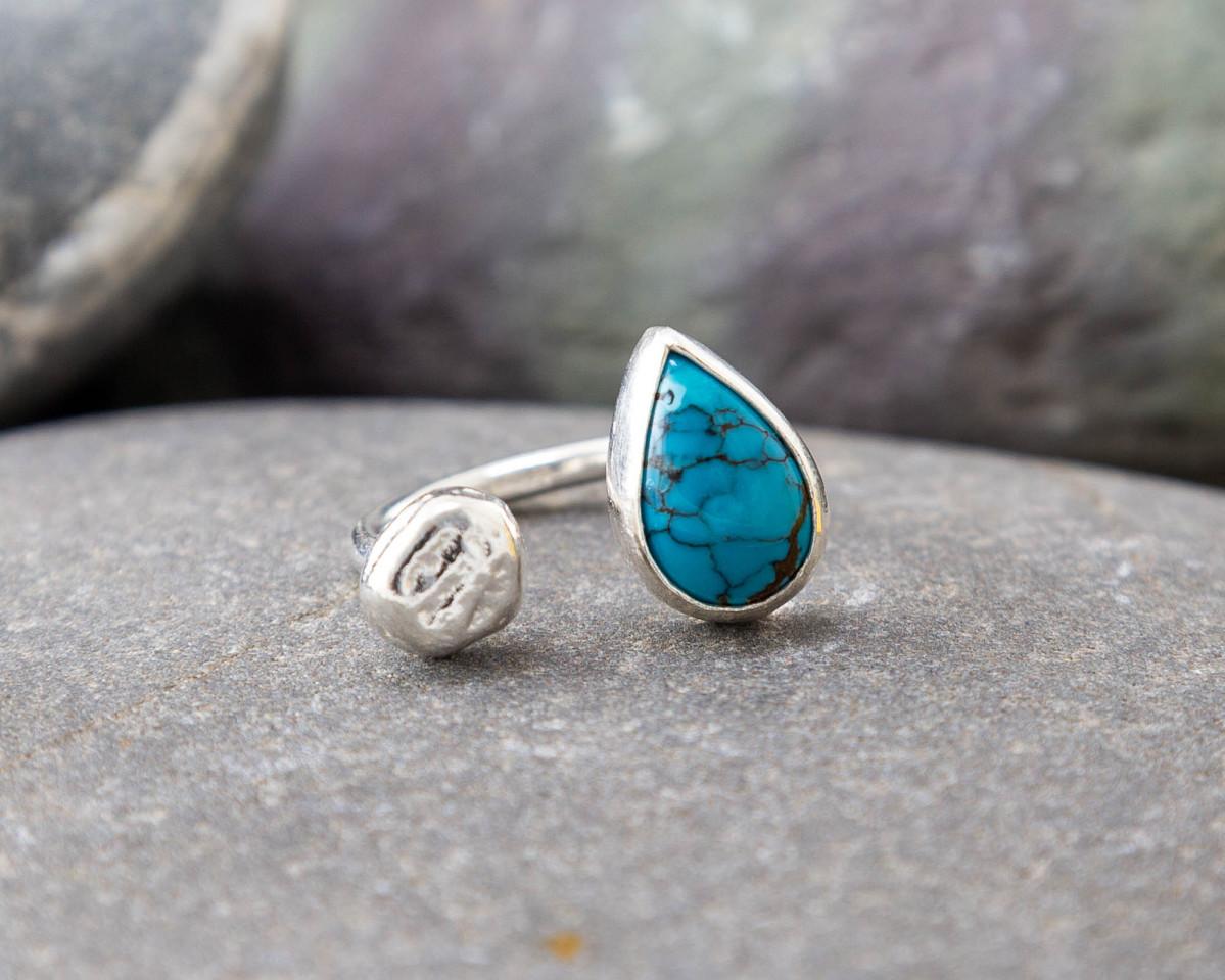 Marsha Drew, Pebble Ring with Teardrop Turquoise