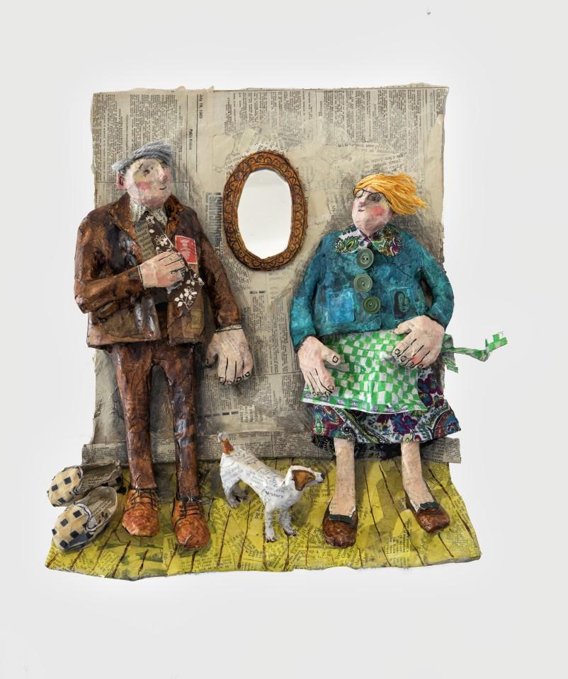Luned Rhys Parri, Drych ar y Mur / Mirror on the Wall
