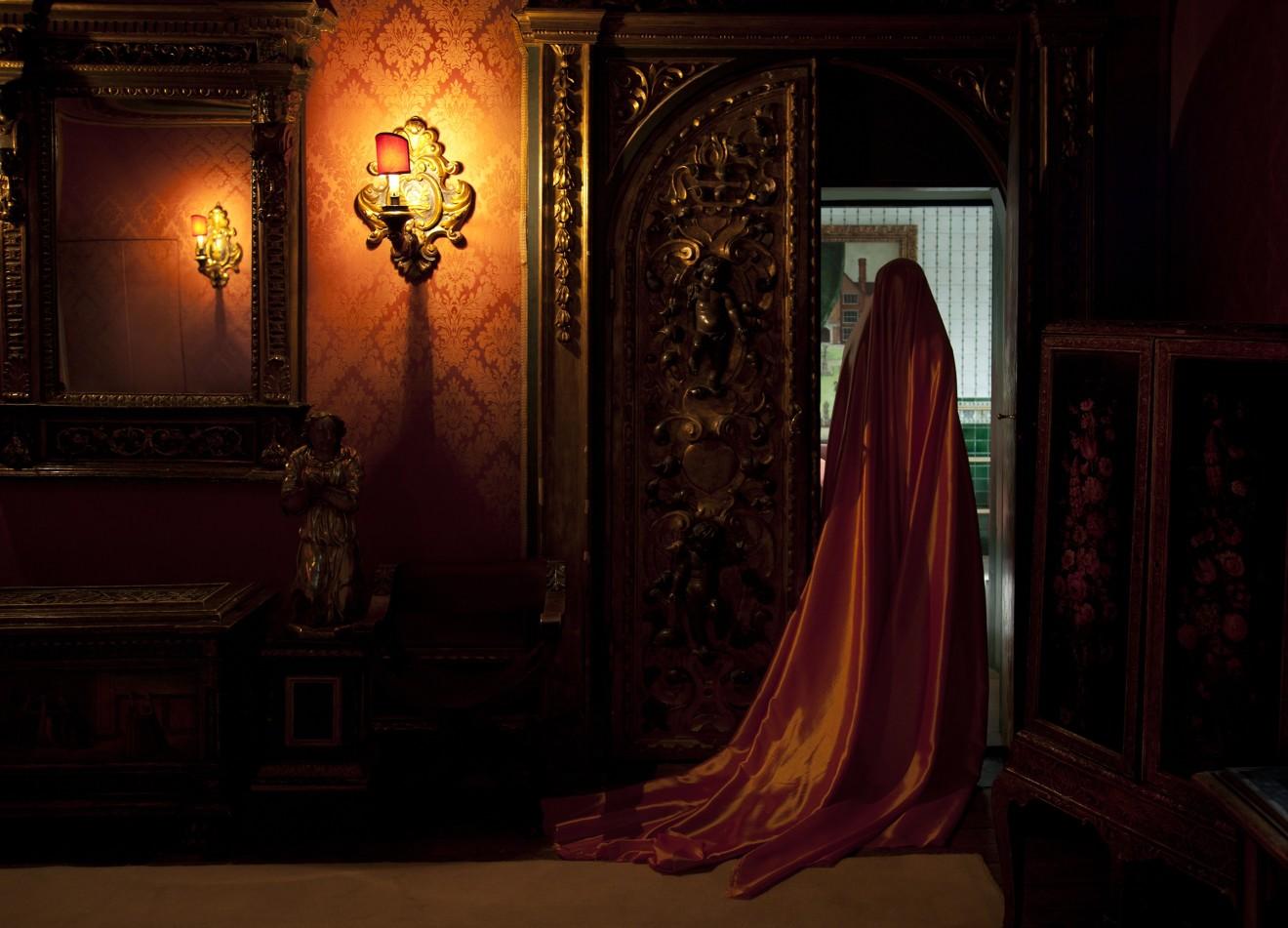 Güler Ates, Orange Reflection, 2011