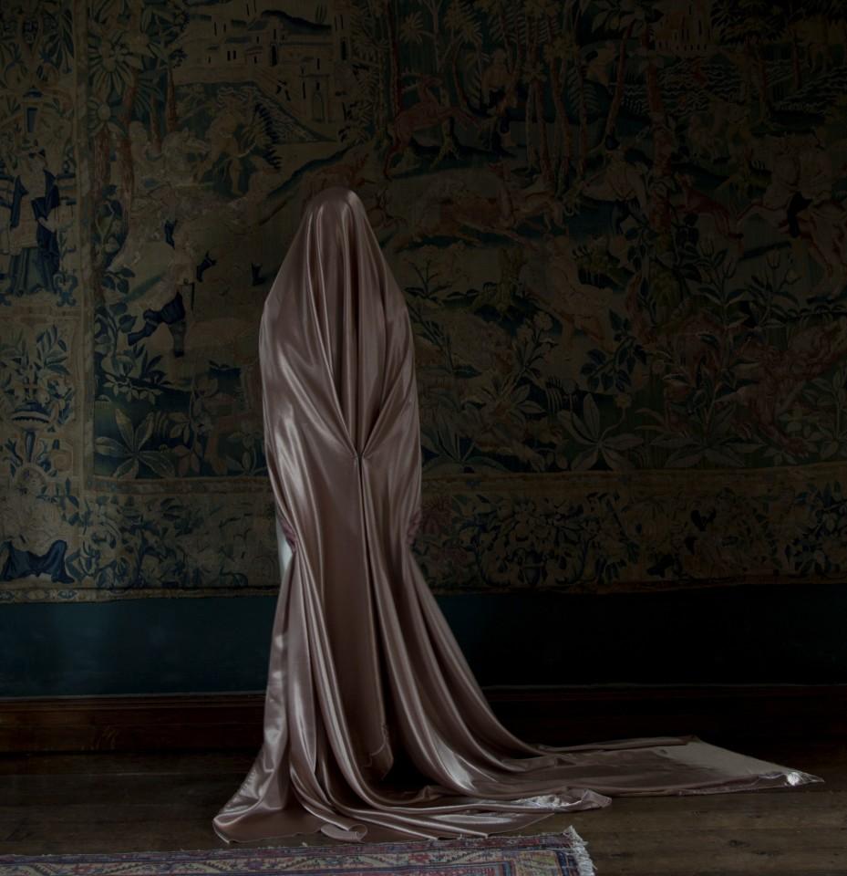 Güler Ates, Tapestry and Her Hair, 2011