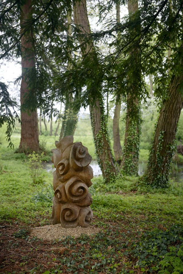 Giles Kent, Oak Trunk, 2009