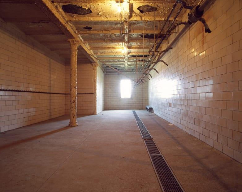 Shower, Mansfield State Reformatory, Mansfield, H No 3, 2011