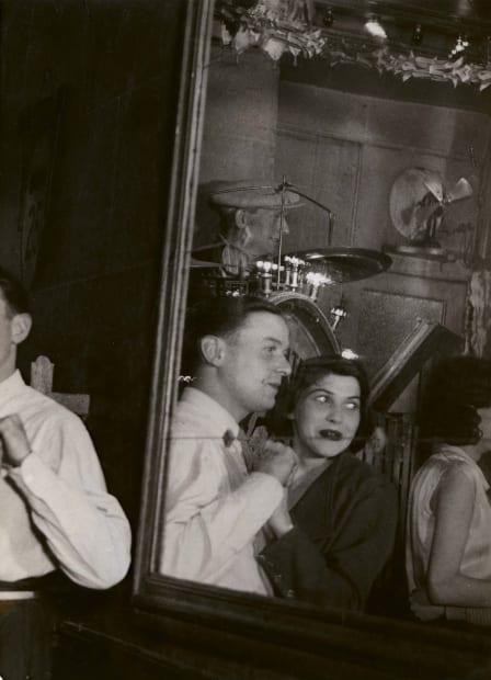 Au Bal Musette, Les 'Quatre Saisons' Rue de Lappe, 1932