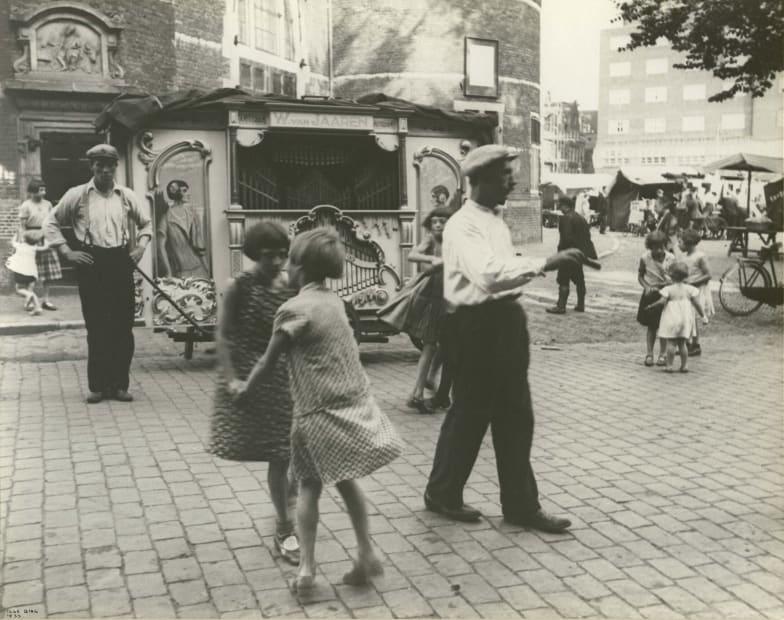 Street organ, Amsterdam, 1933