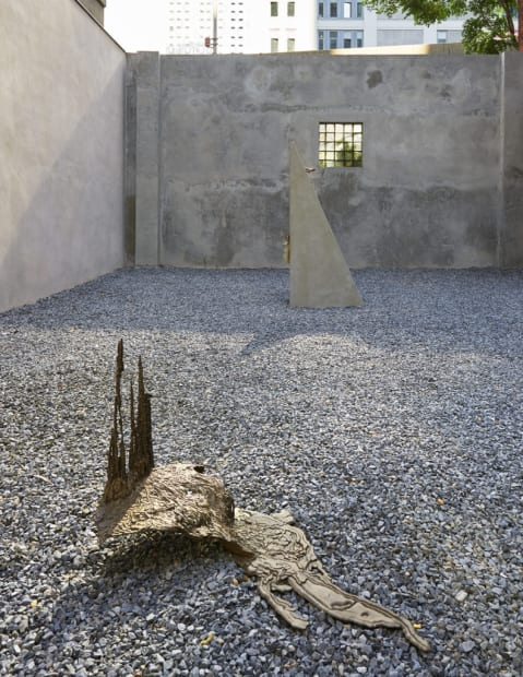 Akashi sculptures, bronze and concrete outside