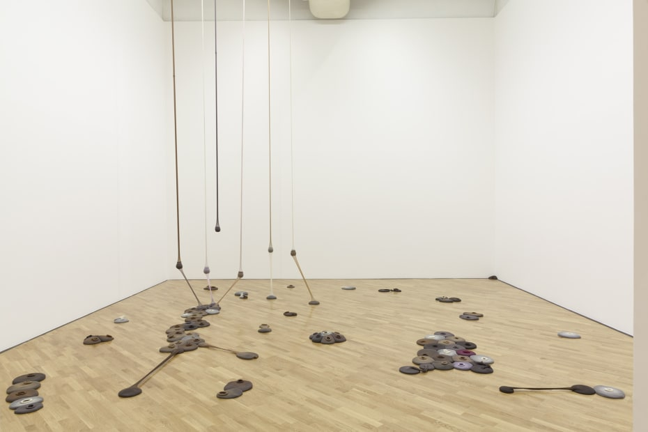 Neto sculpture, room installation with fabric