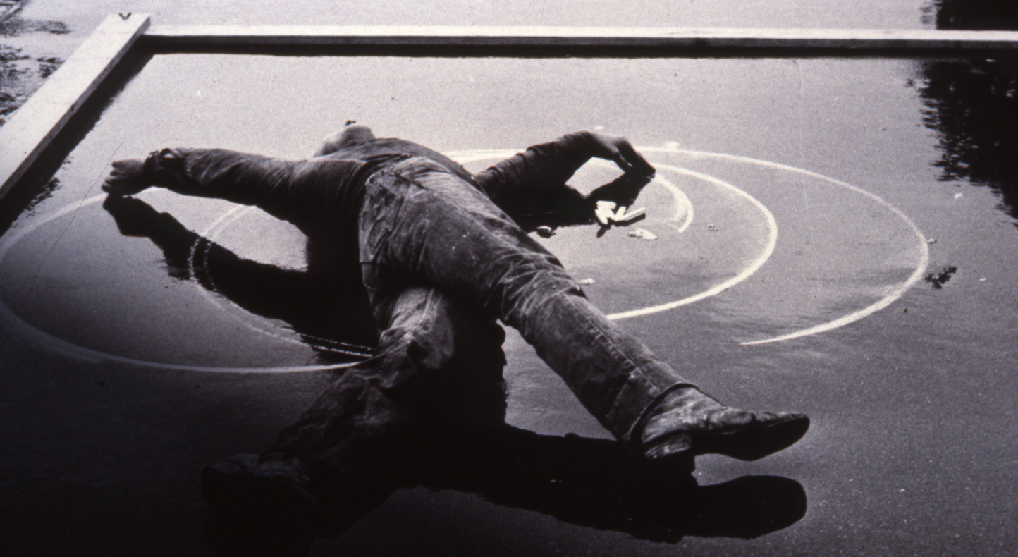 Stuart Brisley, Beneath Dignity, 1977, Performance Englische Kunst Der Gegenwart, Bregenz, Collection Tate (detail)