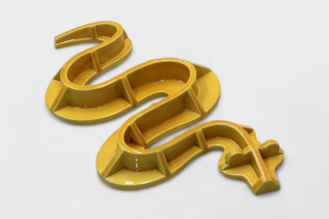 Richard Slee, Engineering Snake, 2012, glazed ceramic, 56 x 33 x 6 cm