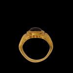 Roman ring with garnet cabochon, 3rd century AD
