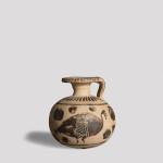 Etrusco-Corinthian aryballos with birds, 575-550 BC