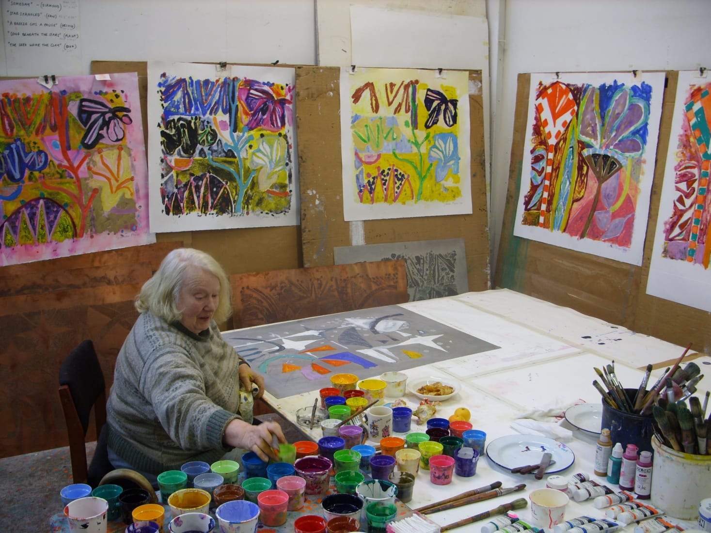 <p>Gillian Ayres at 107 Workshop, Wiltshire, 2010. Photo: Andrew Smith</p>