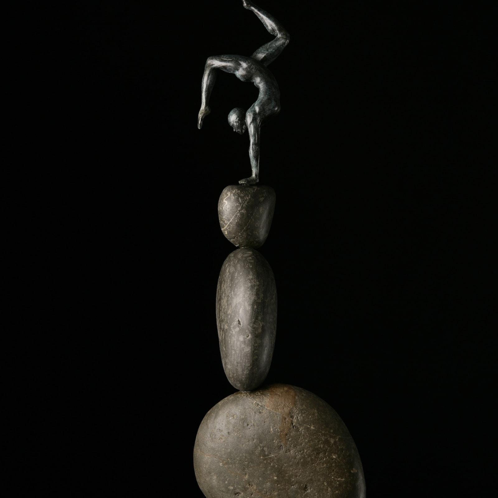 Brendon Murless, Balance, 2019