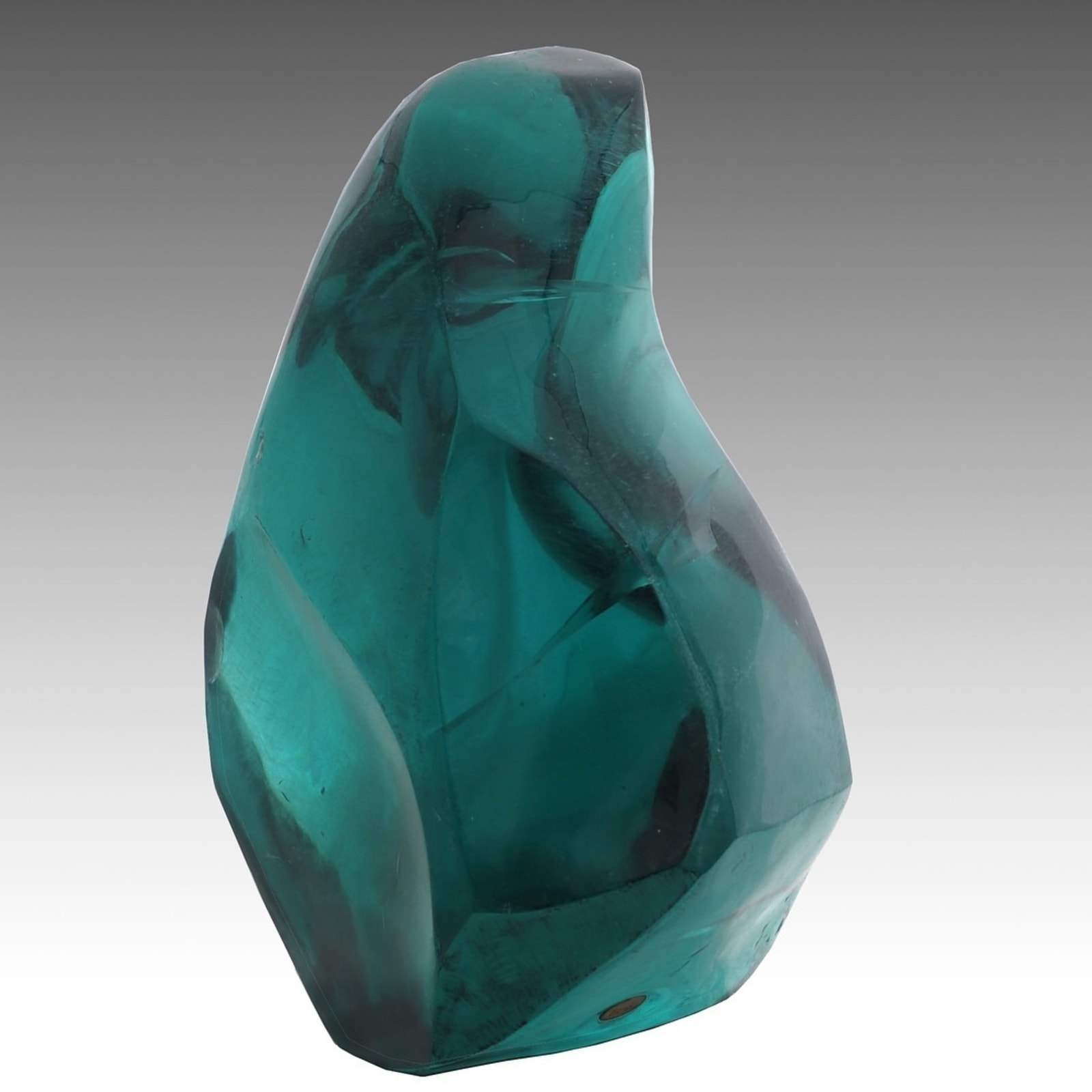 Jamal Al Yousef Village Lady, 40x31x55cm, Hand sculpted glass, 2018