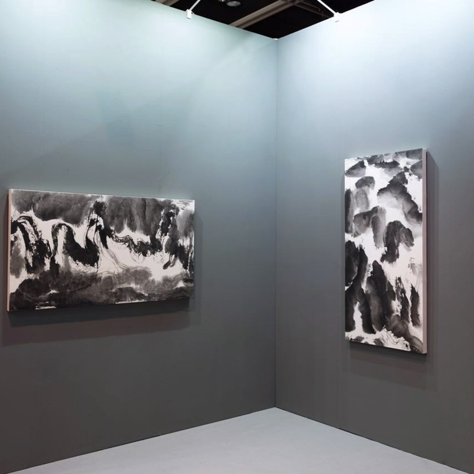 Li Huasheng's artworks, 2016, Hong Kong Convention and Exhibition Centre 李华生作品,2016年,香港会议展览中心