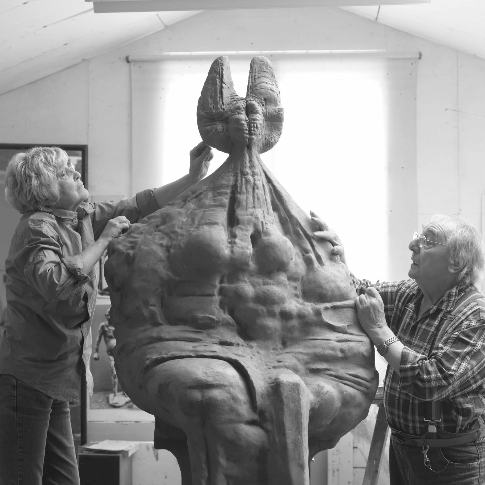 Ralph Brown & Carrie Brown with Seated Queen Monumental, 2008