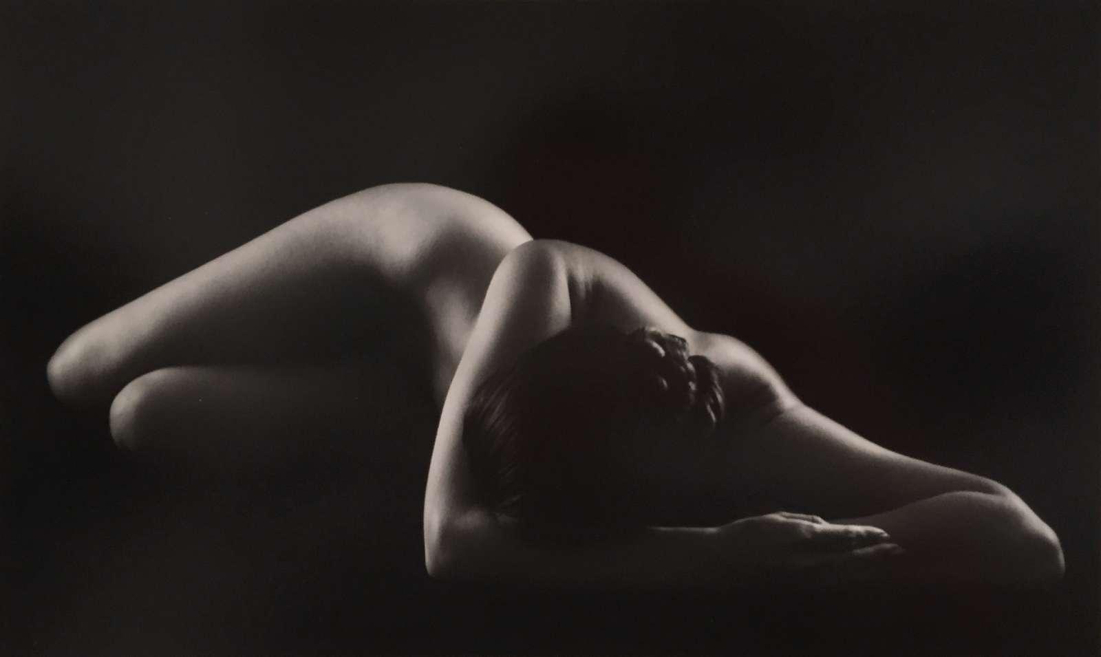 Ruth Bernhard, Perspective II, 1967