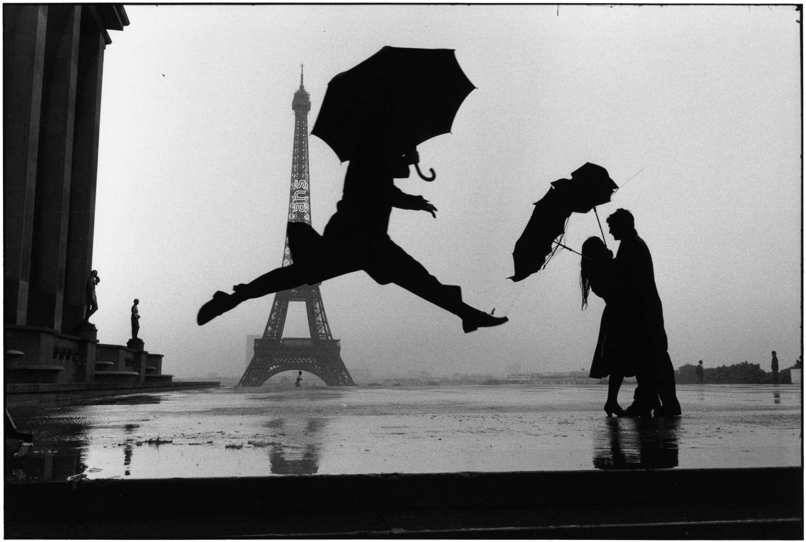 Elliott Erwitt, Paris, (Man Jumping), 1989