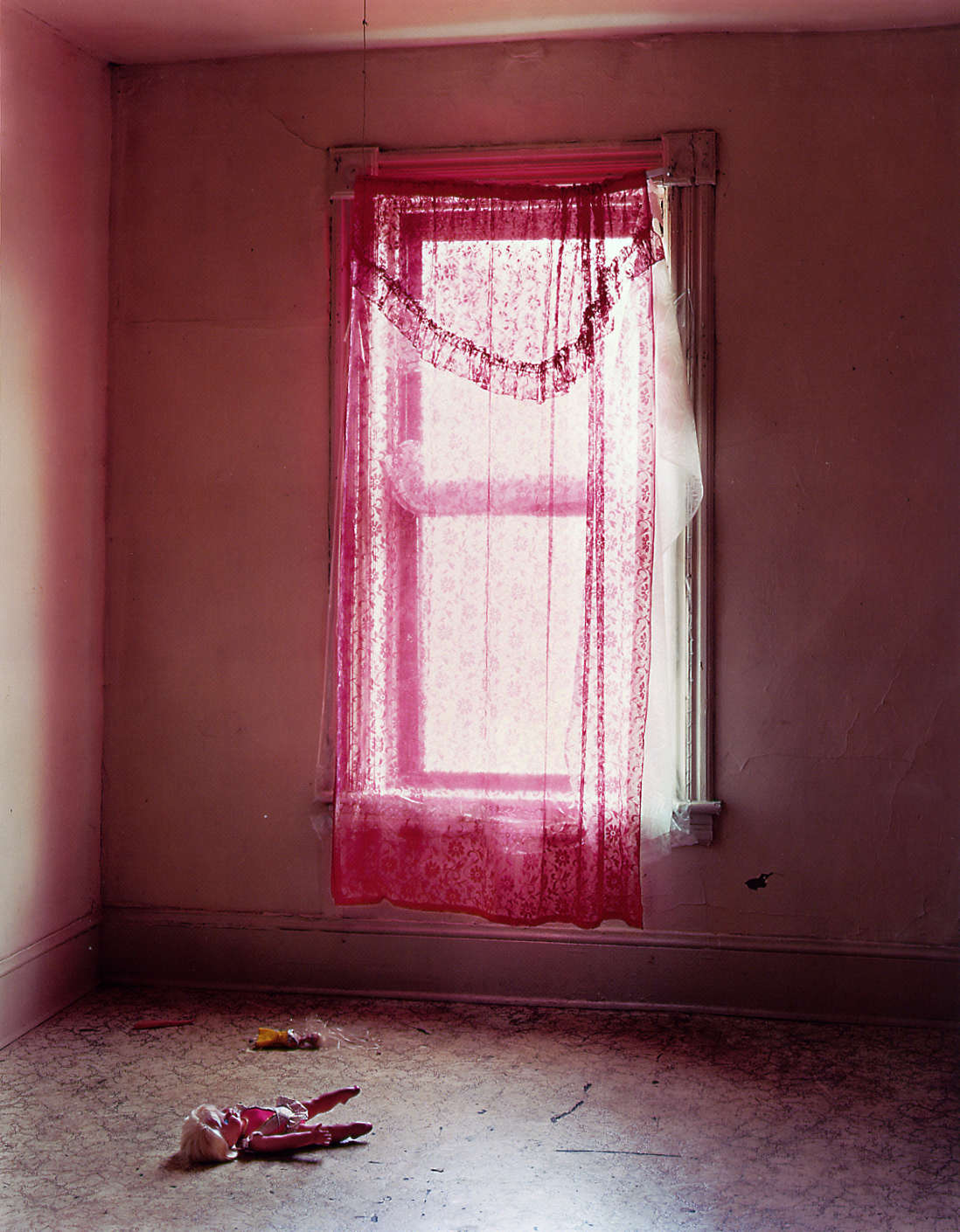 Mitch Epstein, Apartment 201, 398 Main Street, 2001